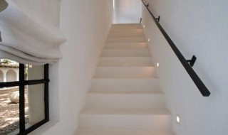 5316---Interior-Staircase for web